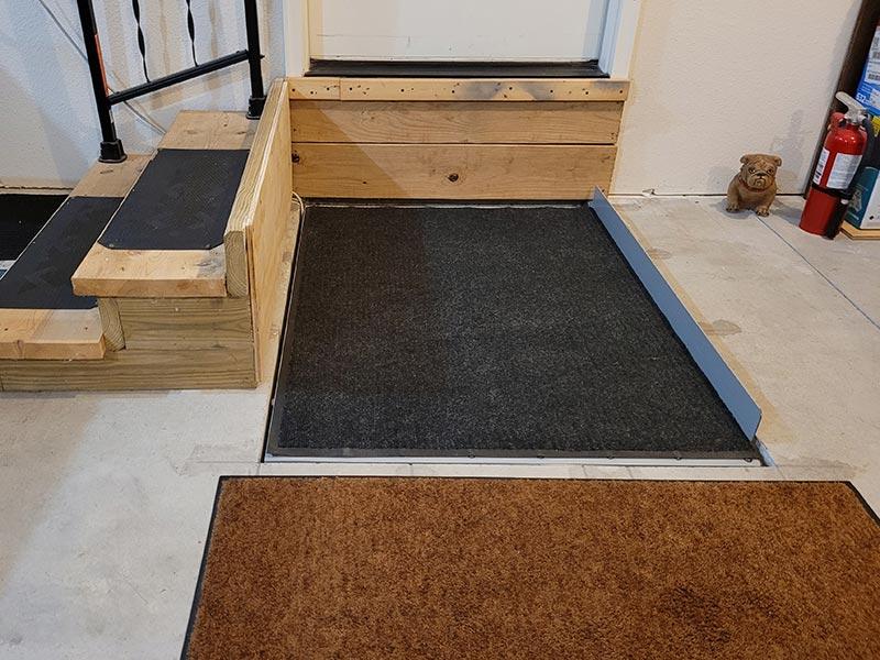 Wheelchair Platform Lift Down Front