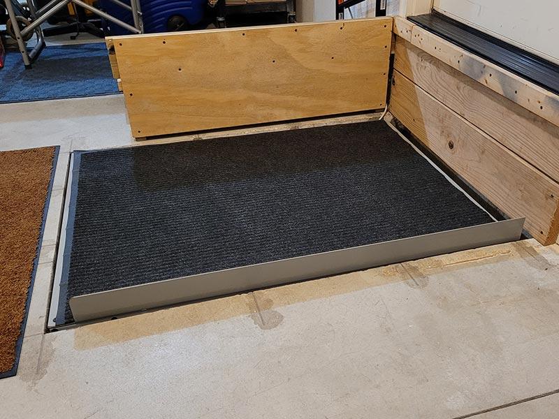 Wheelchair Platform Lift Down Side